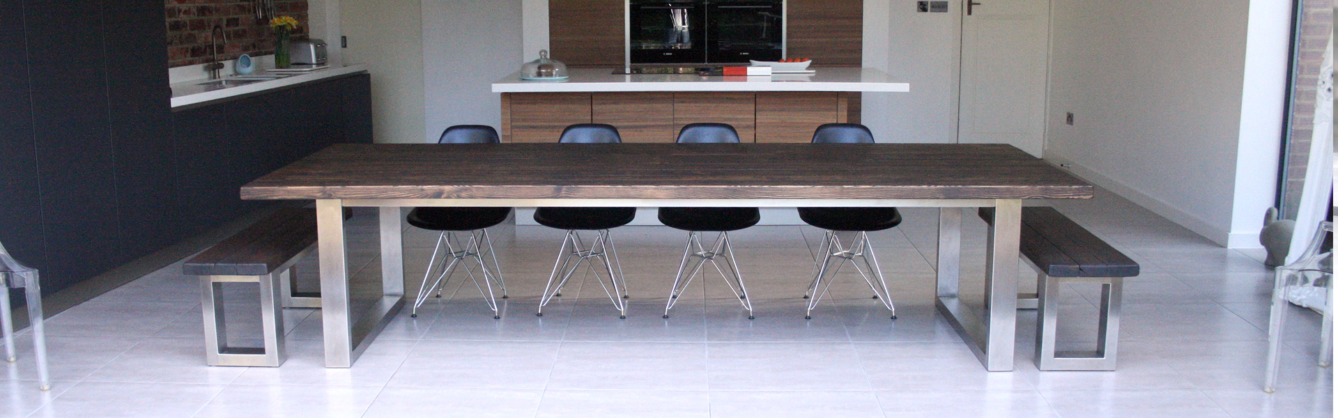 Large dining tables up to 4 meters